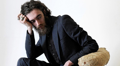 Wait for them here in my arms as I shake Keaton Henson - You