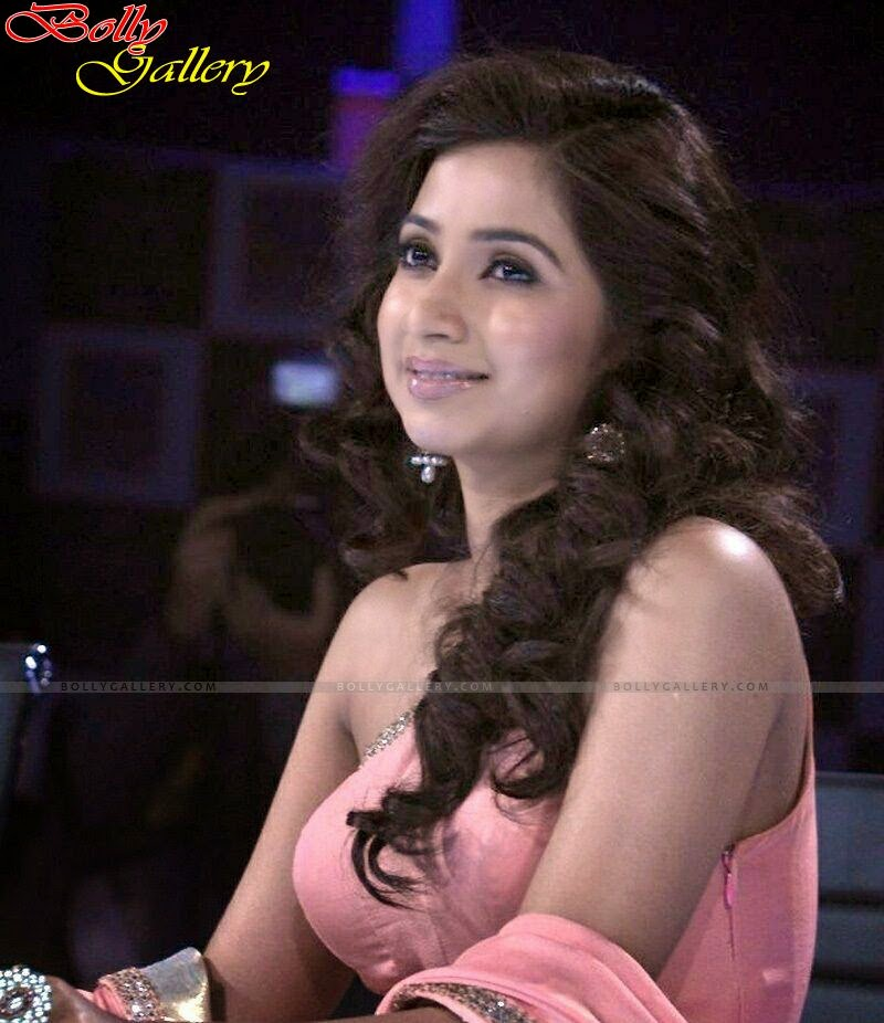 Shreya Ghoshal Hot Sexy Pics