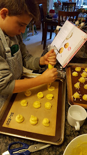 forming gougeres with a piping bag