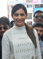 Rakul Preet Singh Photos at Big C Lucky Draw in Nellore TollywoodBlog