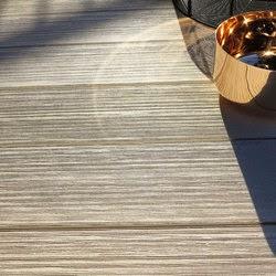 kunstrasen heute higthek auf h chstem niveau wpc terrassendielen. Black Bedroom Furniture Sets. Home Design Ideas