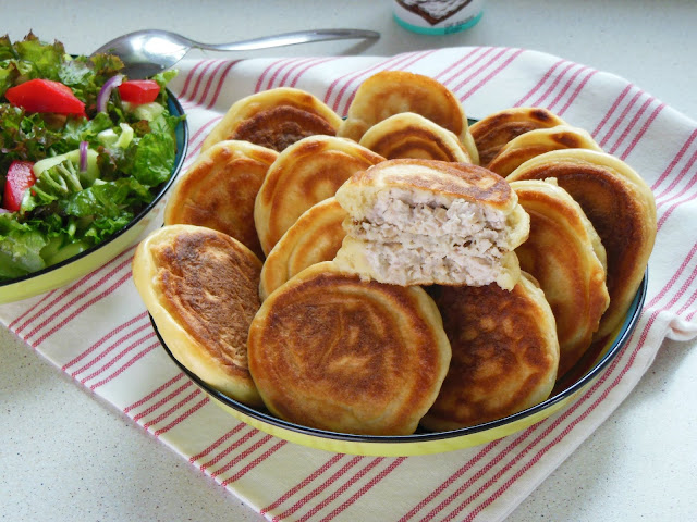 Turkey and cream cheese toppings