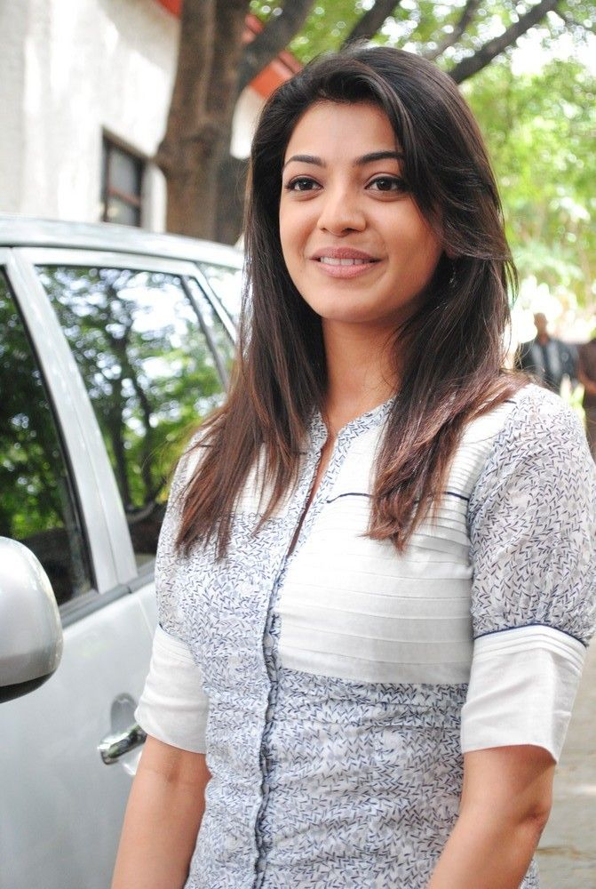 2014 Ford Explorer Towing Capacity >> kajal agarwal family photos ~ Heart of Bollywood