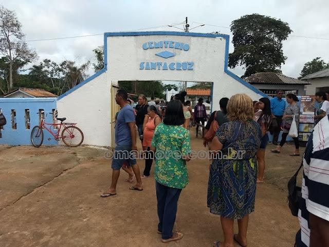 Dia de finados: Guajaramirenses tiram o dia para homenagear os mortos
