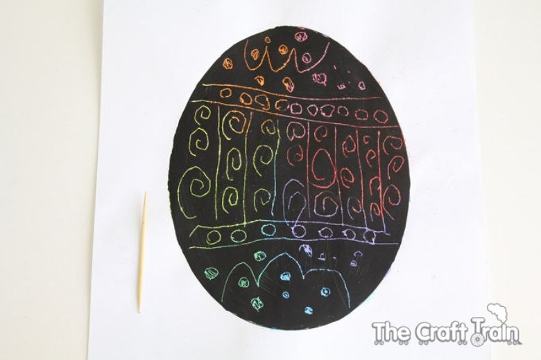 Easter crafts for preschoolers - Easter egg scratch art