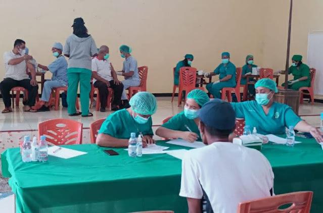 Polda Maluku Berhasil Vaksinasi 32.745 Warga di RS Bhayangkara Ambon.com.jpg