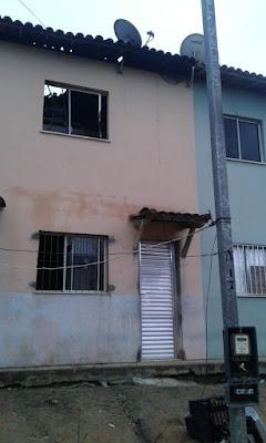 Moradora é resgatada por vizinhos após princípio de incêndio em residência no MCMV em SAJ