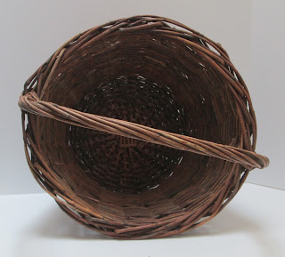 Medium Grapevine Basket Inside View
