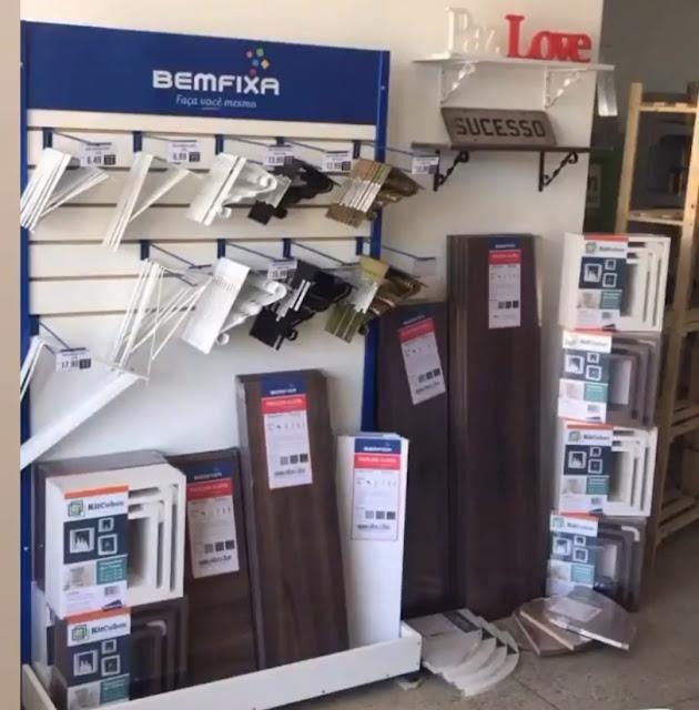 Passe na Amorim Casa e Construção e adquira prateleiras portáteis e diversos produtos para sua casa com preço imbatível