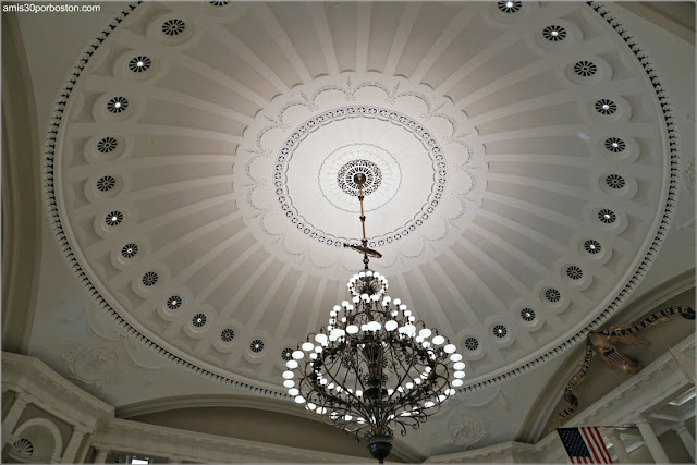 Bajo la Cúpula del Massachusetts State House