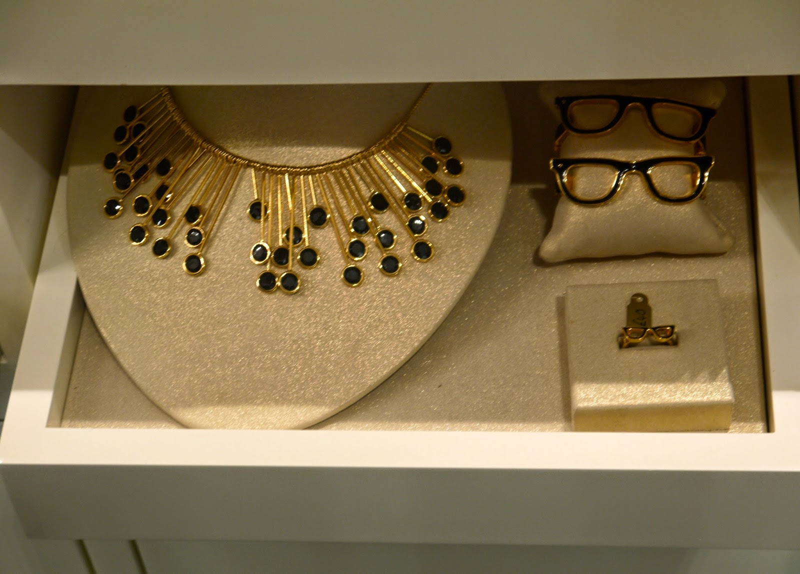 Kate Spade Glasses Shape Accessories