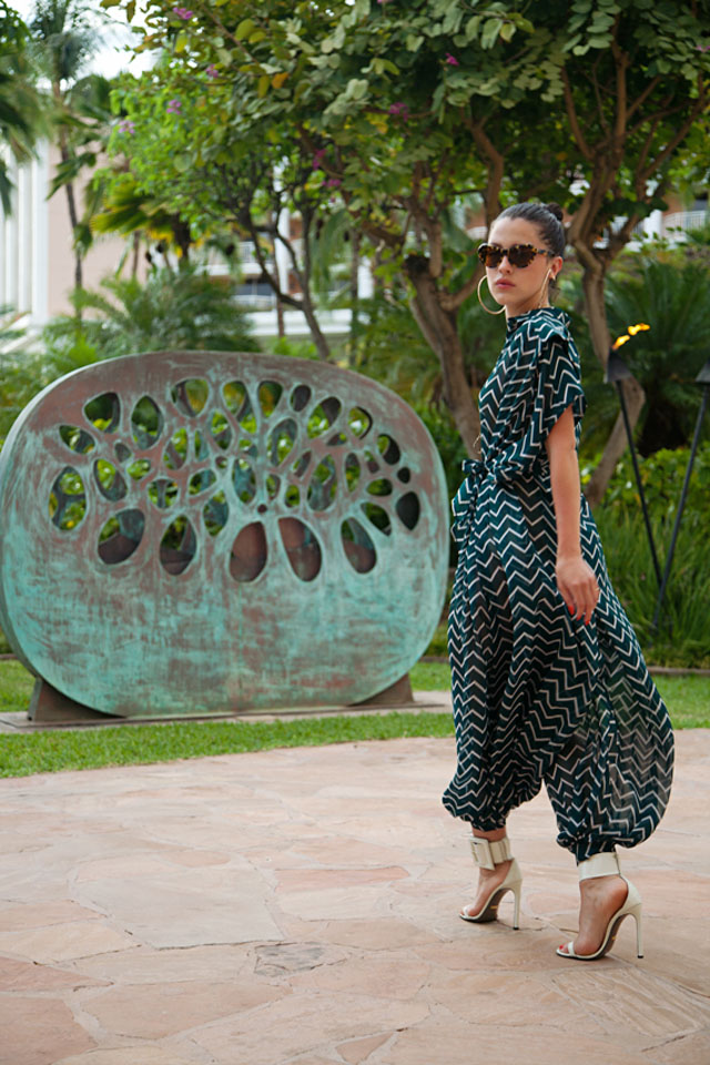 Fashion Blogger Karla Deras of Karla's Closet Style