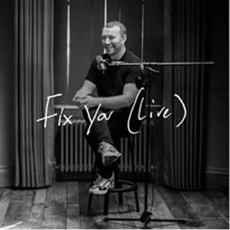 Sam Smith apresenta versão ao vivo do single Fix You do Coldplay