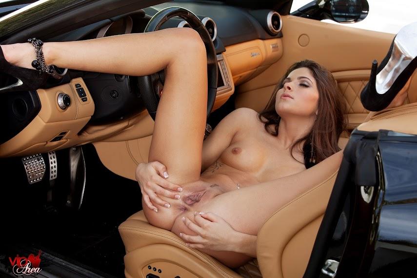 viparea 2014.01.01 - Aspen Rae - Fast Cars x104 2000x3000 2014.01.01_-_Aspen_Rae_-_Fast_Cars_x104_2000x3000.zip.IMG_9180