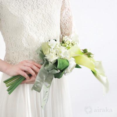 カラーのアームブーケ-ウェディングブーケと花髪飾りairaka