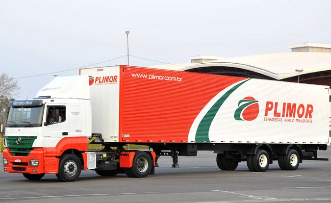 Transportadora Plimor abre nova contratação de motoristas carreteiros