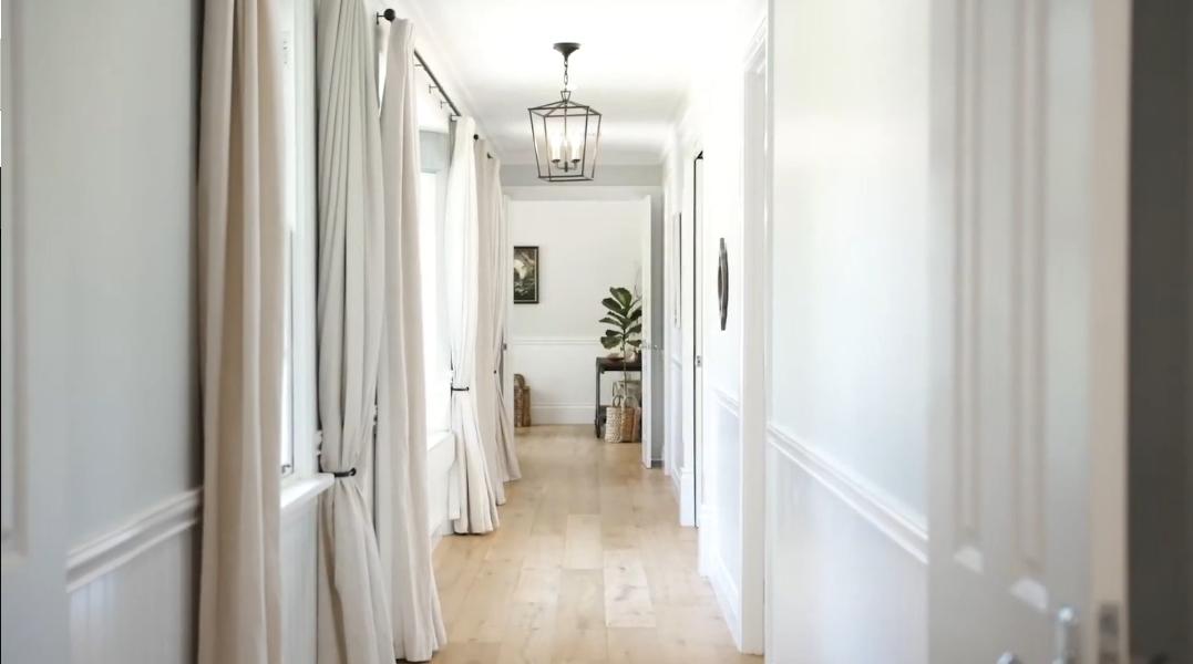 33 Interior Design Photos vs. 10 Benn Court, Highfields, Qld Luxury Home Tour