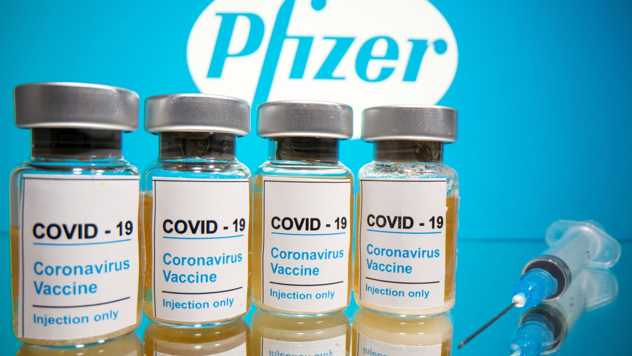 """Pfizer asegura que su vacuna contra el coronavirus es """"eficaz en un 90%"""""""