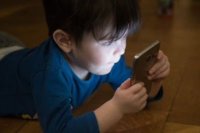 Too much screen time in kids
