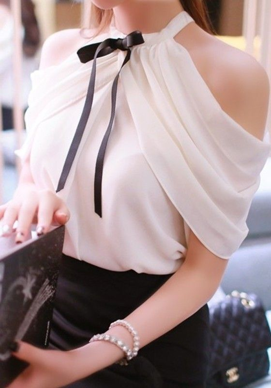 White-elegant-top-black-bowknot