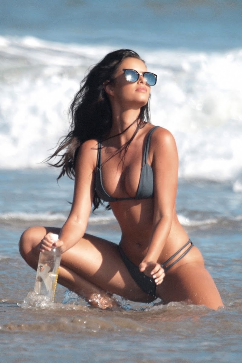 Jaylene Cook Clicked in Bikini for 138 Water on the Beach in Malibu 20 Jan-2020