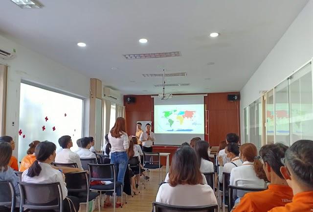 TST tourist tổ chức chương trình đào tạo kiến thức thị trường Nhật Bản