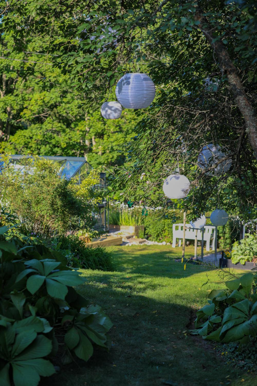 oleskelualue-puutarhassa-100outdoor