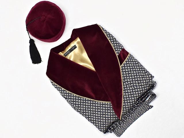 mens dressing gown smoking robe burgundy velvet jacket smoker hat victorian english dandy vintage british