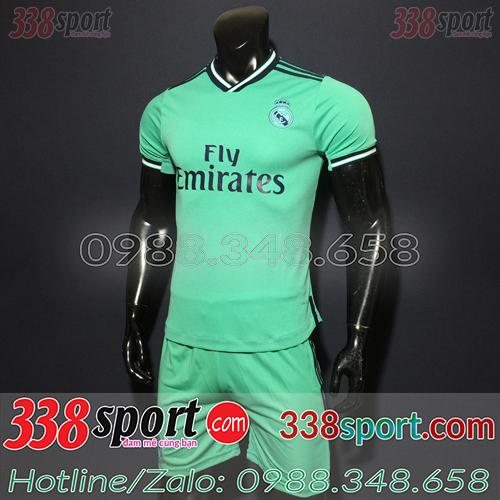 Áo bóng đá màu xanh