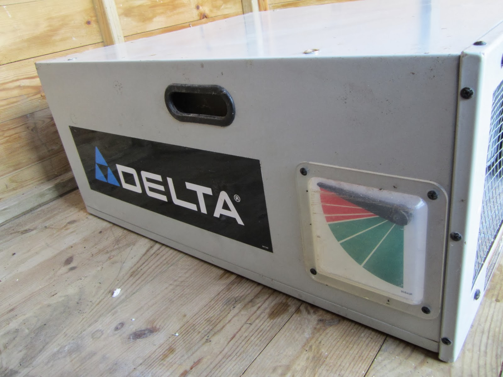 Delta Air Cleaner