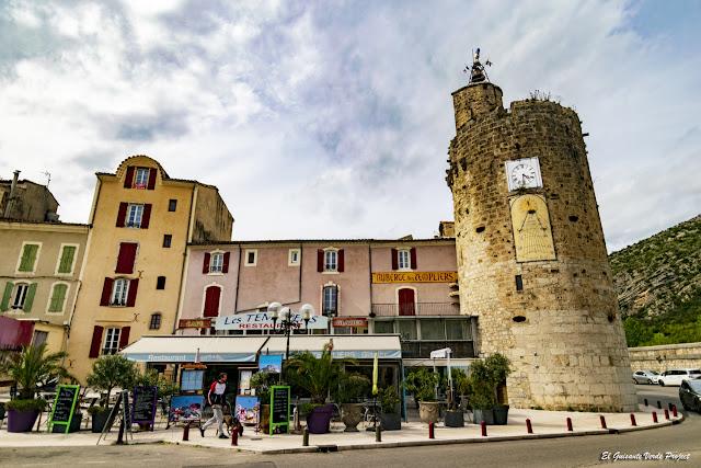 Torre del Reloj, Anduze - Francia, por El Guisante Verde Project