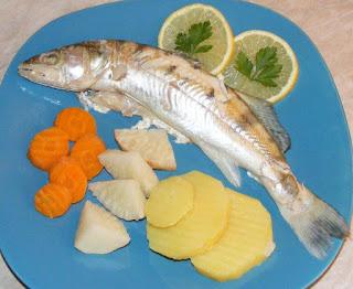 peste, peste cu legume, retete dietetice, peste fiert, retete de peste, preparate din peste, retete culinare,