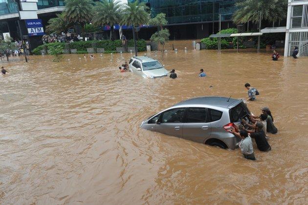 Cpns Di Jakarta 2013 Lowongan Cpns Pengumuman Soal Lowongan Penerimaan Cpns Goresan Tinta Seorang Manusia Penyebab Banjir Di Jakarta