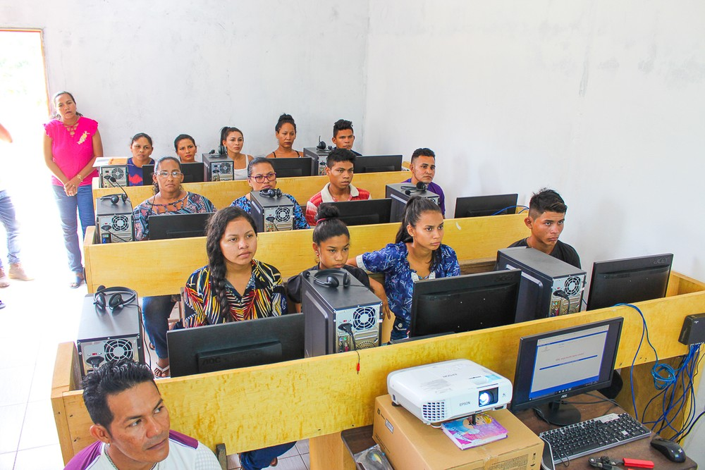 Projeto 'Tecnologia no Campo' inicia aulas de informática na zona rural de Juruti, no Pará