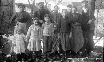 ancienne photo de groupe à identifier