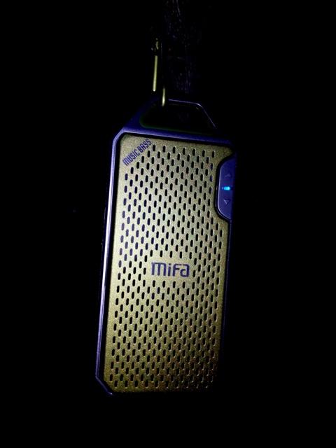 Review Mifa F4 Speaker Wireless Bluetooth Superbass