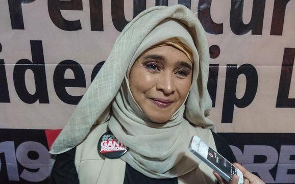 Neno Warisman Hingga Amien Rais Berikan Seruan Doa dan Tahlil Nasional untuk 6 Laskar FPI