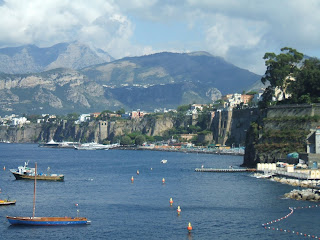 Sorrento enjoys a spectacular cliff-top setting overlooking the beautiful Bay of Naples