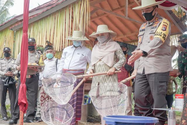 Panglima TNI dan Kapolri Luncurkan Kampung Tangguh Nusantara di Desa Kembang Kuning