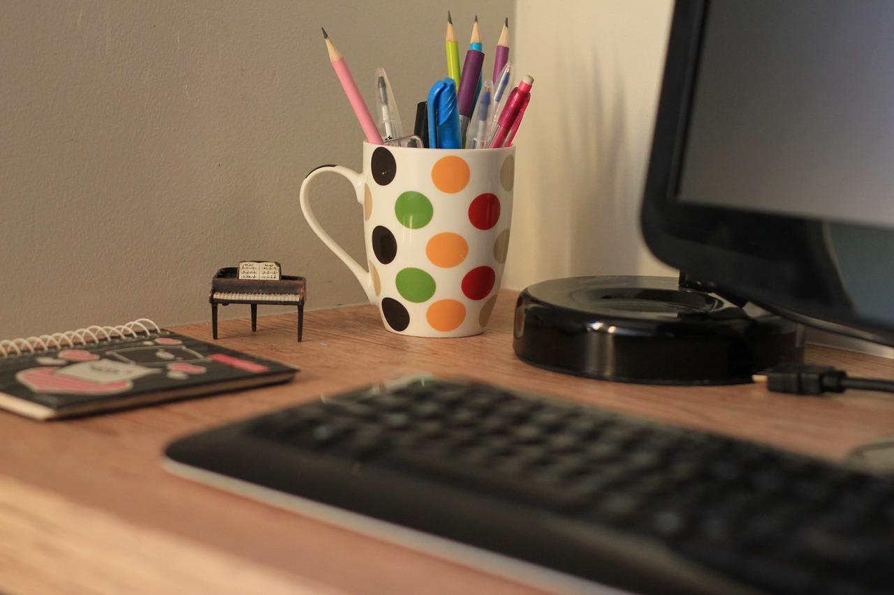 Escrivaninha para escritório