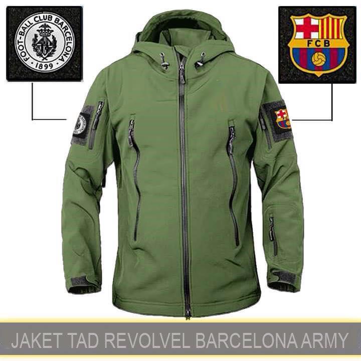 Jaket Gunung Waterproof Tactical Revolver Barcelona