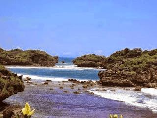 Pasir Putih Pantai Watukarung, Pacitan_Jatim - 3