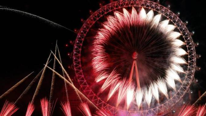 Pesta kembang api malam tahun baru 2019 di London, Inggris. (Foto: AFF PHOTO)
