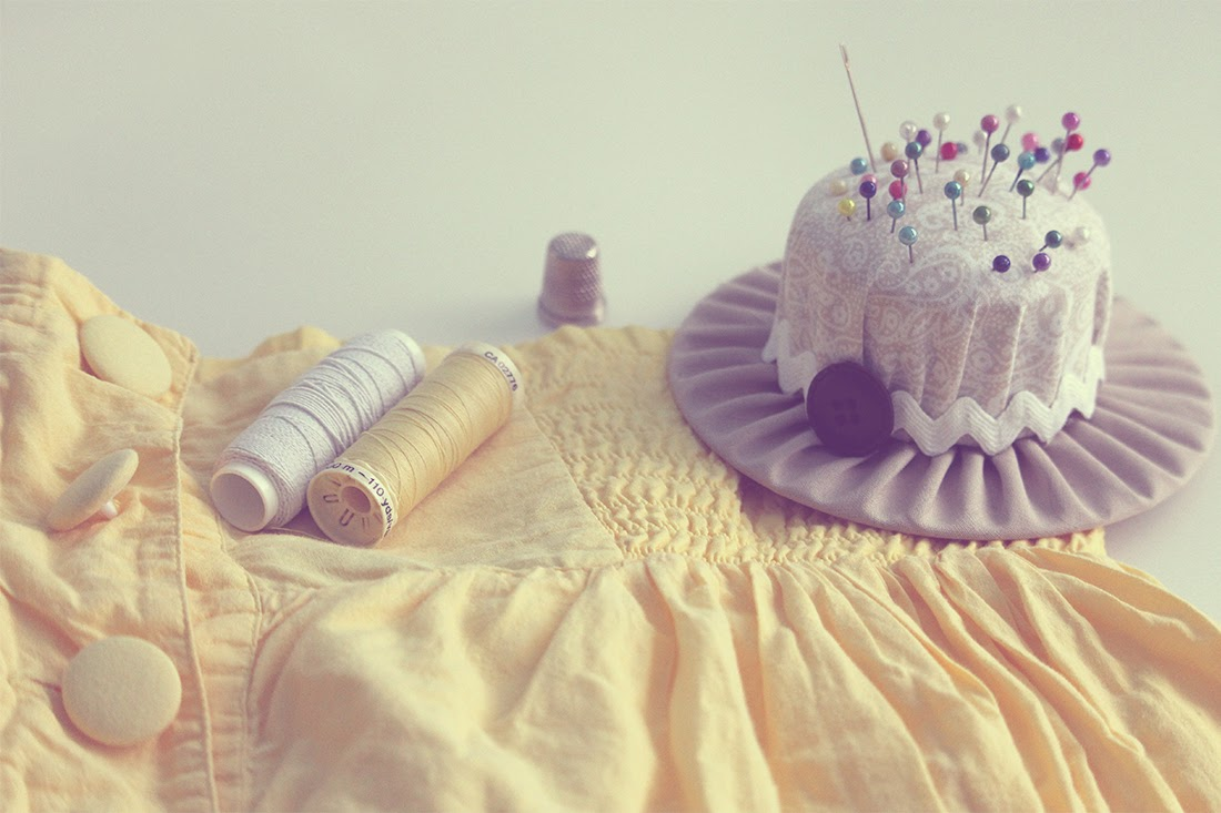 Tutorial para coser con goma de canilla Materiales