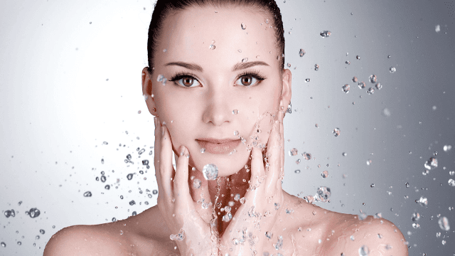 Drinking water for glowing skin by barbies beauty bits