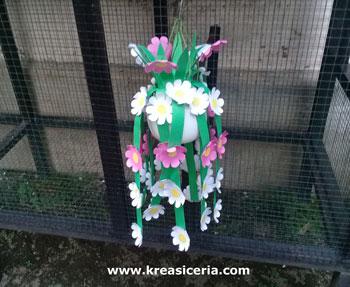 Cara Mudah Membuat Bunga Gantung Dari Kertas