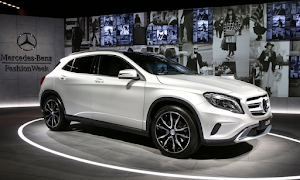 2017 Mercedes GLA 200 AMG CDI Review
