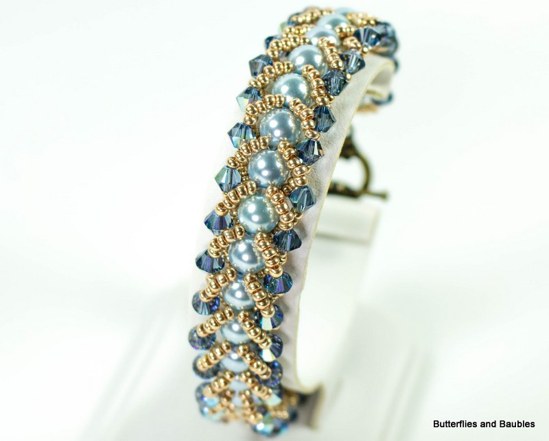 Pretty Beads for this Easy Flat Spiral Bracelet Tutorial - The ...