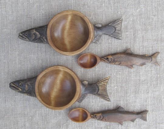 резьба по дереву тарелка и ложка для икры