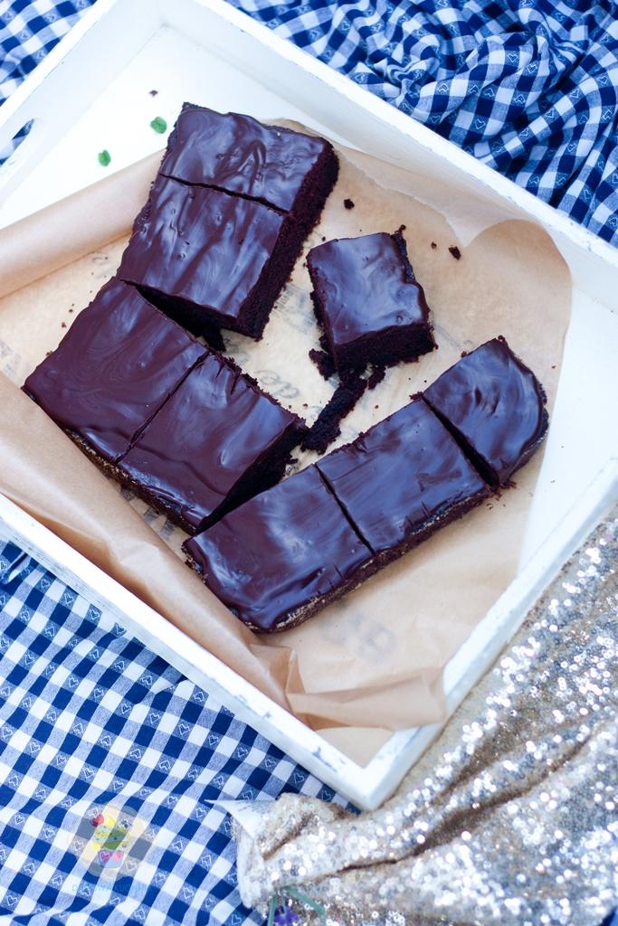 czekoladowe ciasto, ciasto z cukinii